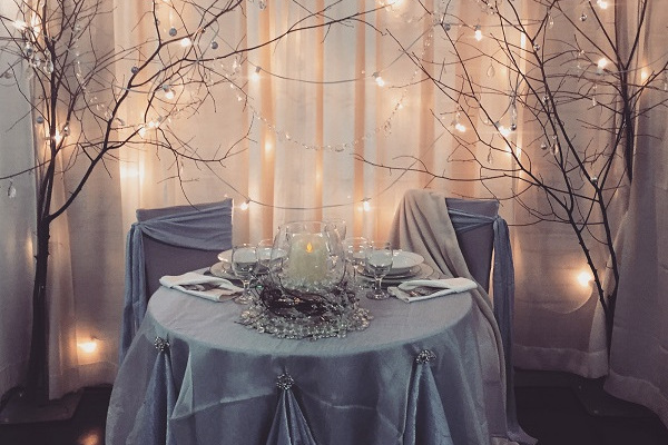 Winter Themed Sweetheart Table