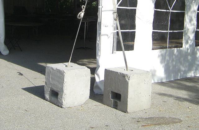 Where to find Concrete Block  500 Lbs in Concord