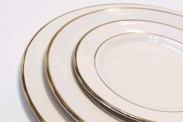 Rent Ivory W/ Gold Rim Dinnerware